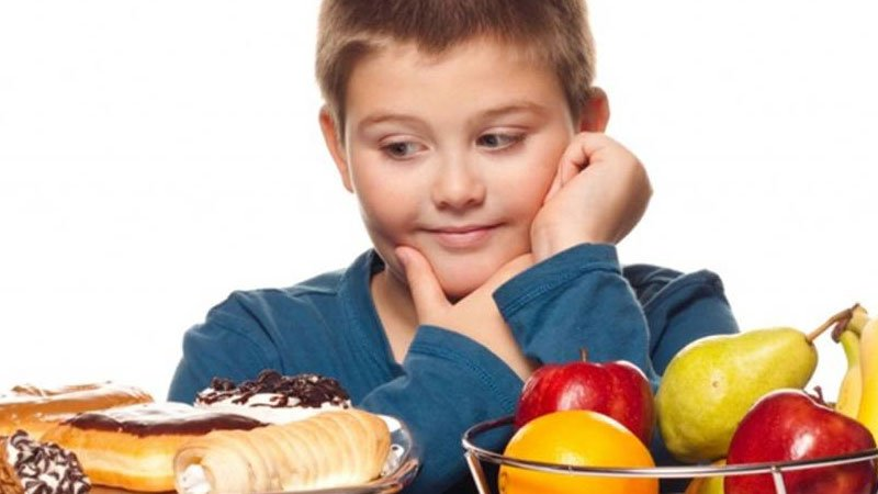 ¿Cómo podemos prevenir la obesidad infantil?