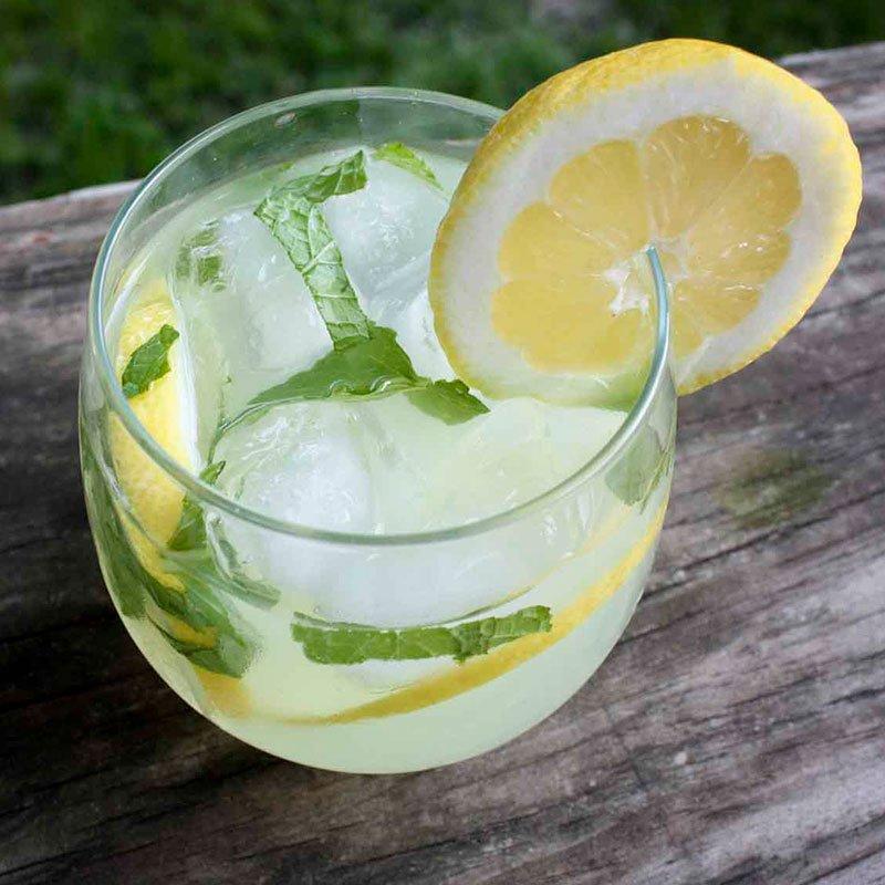 Limonada Mineral con Menta